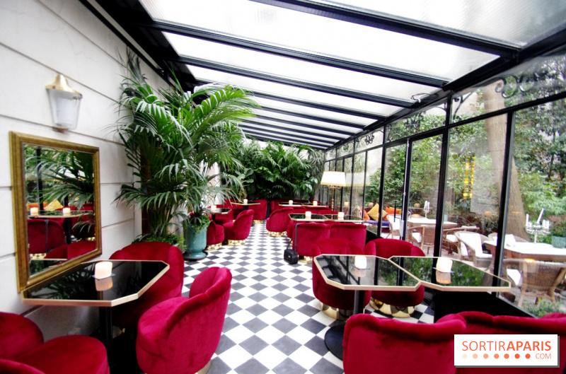 photo le tr s particulier la verri re le tr s particulier le nouveau bar de l 39 h tel. Black Bedroom Furniture Sets. Home Design Ideas