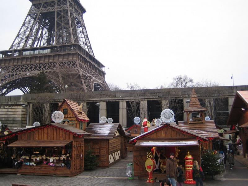 Photo 3 march de no l des vedettes de paris - Marche de noel de paris ...