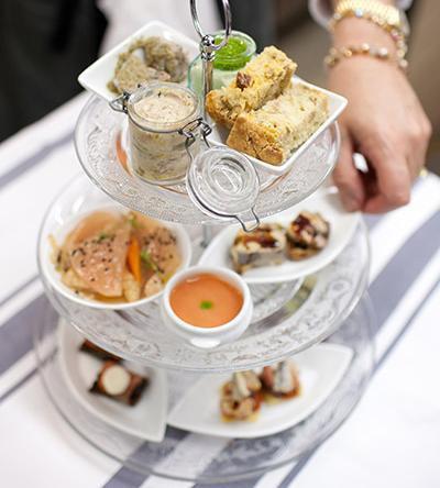 L 39 auberge flora lance son bar sandwichs et une nouvelle for Hotel boulevard richard lenoir paris