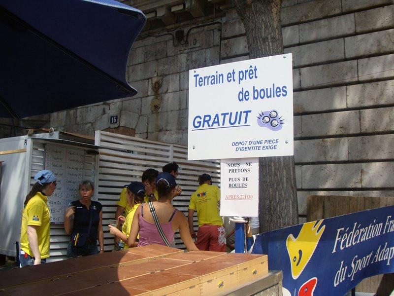 Photo p tanque paris plage sur les bords de seine pr t - Piscine plage paris asnieres sur seine ...