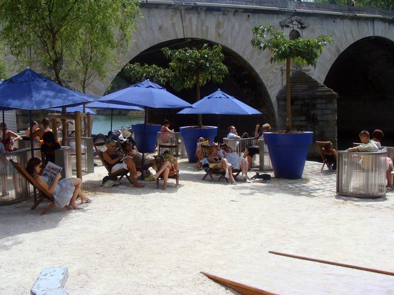 Photo d tente paris plage sur les bords de seine paris plages 2008 quai de seine - Piscine plage paris asnieres sur seine ...