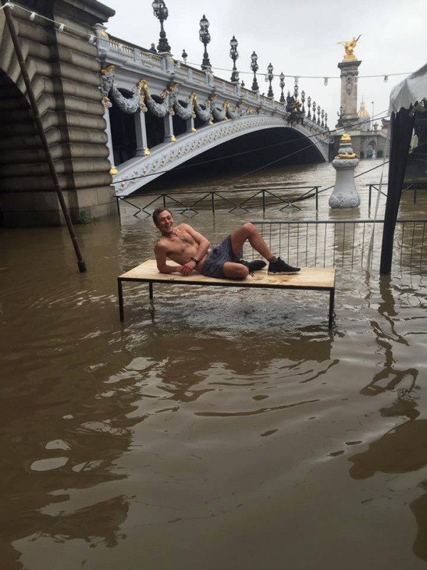 Photo Inondations Paris   Le Showcase